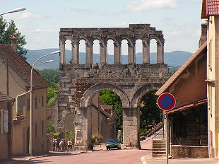Porte d'Arroux at Autun