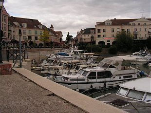Cergy harbour
