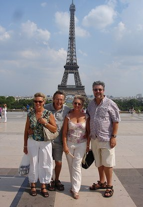 The Hockeys and Biddle at the Eiffel