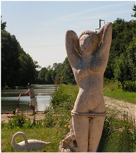 Statuary on the Burgundy Canal