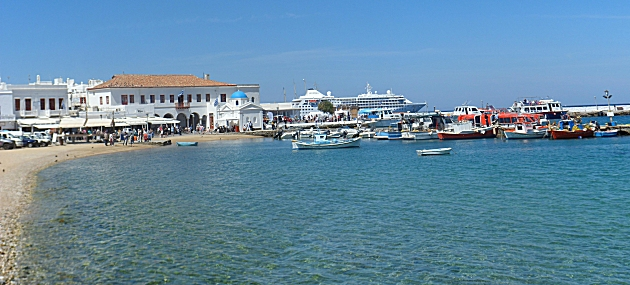 The old port at Mykonos