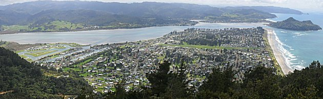 Panorama from Mount Pauanui