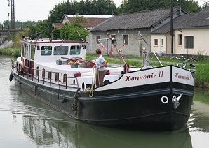 Harmonie arriving at Rethel