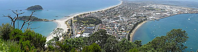 The view from the top of Mount Manganui