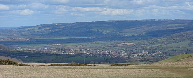 Looking towards Winchcombe from Cleeve Common